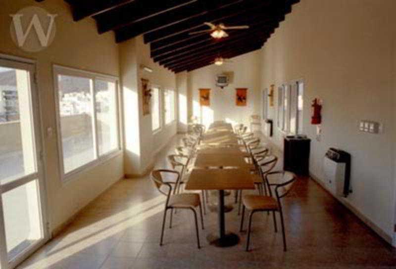 Wilson, Alvarado,950