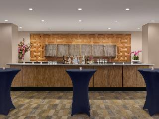 Doubletree Fort Lee George Washington Bridge