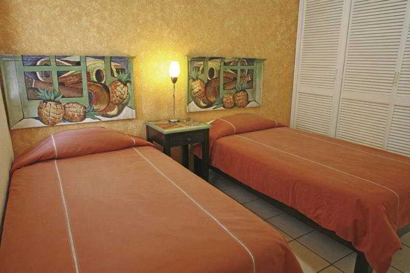 Hotel & Suites Galeria - Zimmer