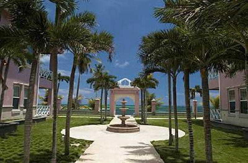 Grand Colony Villas, Sea Grape Drive,