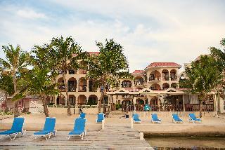 SunBreeze Suites, Beachfront, Barrier Reef…