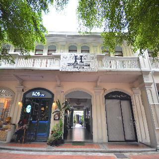 The Heritage Baan Silom