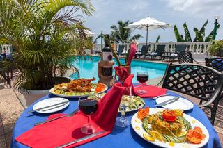 Le Relax Hotel & Restaurant - Terrasse