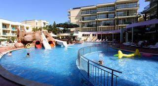 Sunny Day Club - Pool