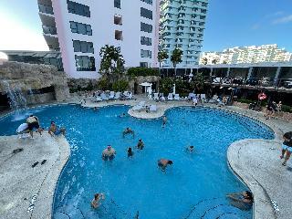 The Alexander All Suite Ocean Front Resort