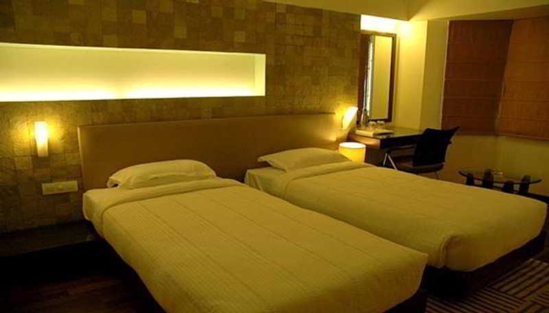 The Monarch Luxur - Zimmer