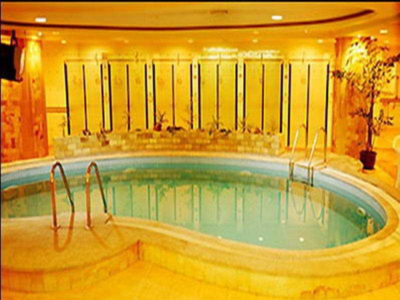 Delight - Pool