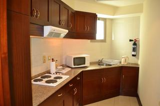 Pearl City Suites Hotel