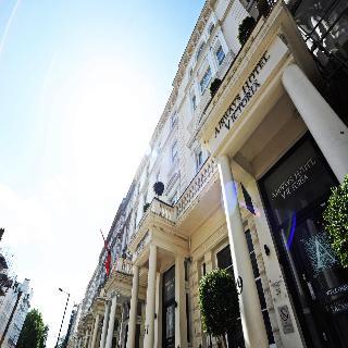 City Break Airways Hotel Victoria, London