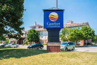 Comfort Inn & Suites, 20 Samnah Crescent,