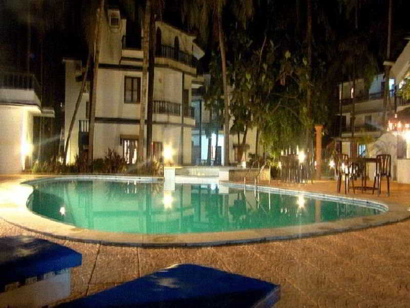 Palm Resort Goa - Pool