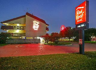 Red Roof Inn Dallas…, 8150 Esters Boulevard,8150