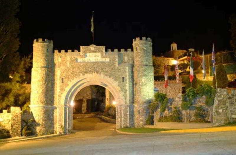 Castillo Santa Cecilia, Carretera A La Valenciana…