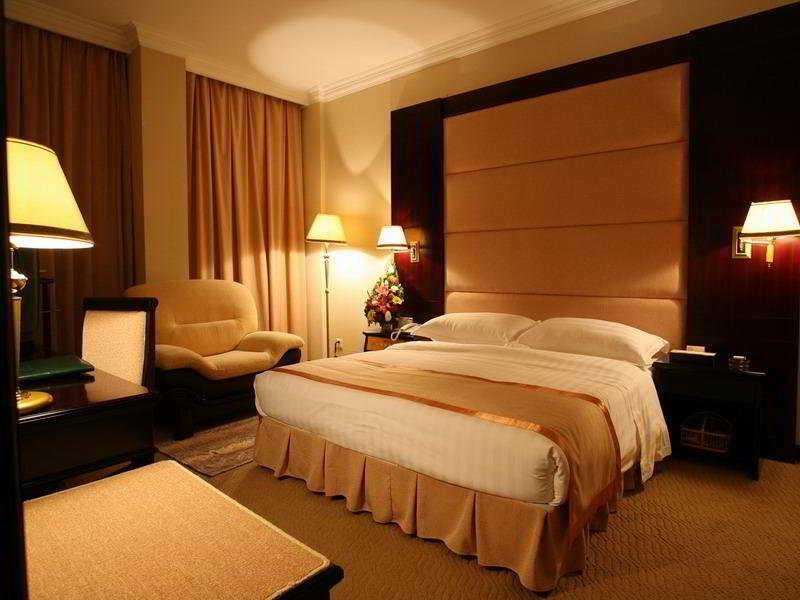 Yunnan Economic Trade - Zimmer