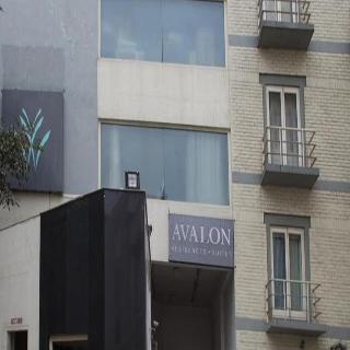 Avalon Courtyard - Generell
