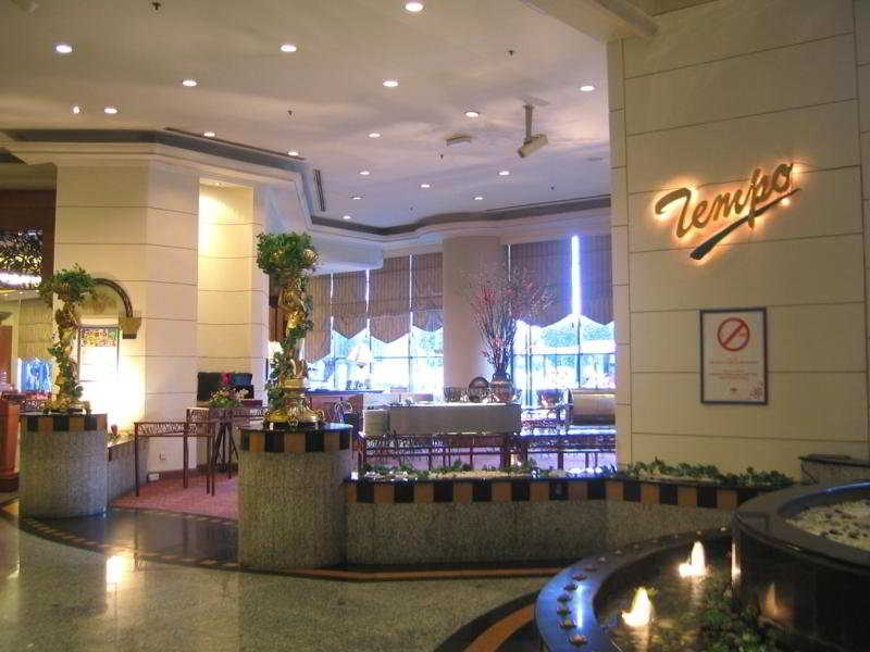 Mardhiyyah Hotel and Suites - Diele