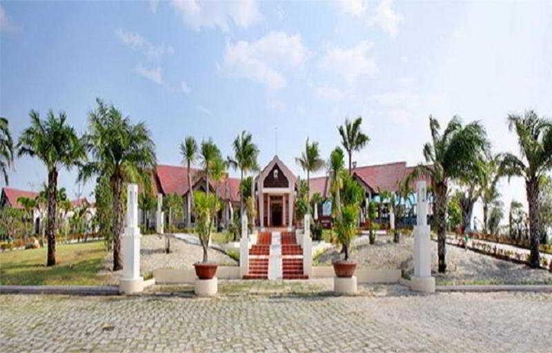 White Sand Doclet Resort…, Doclet Beach, Ninh Hai Hamlet,…