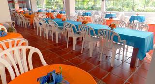 Isla Arena Plaza - Restaurant