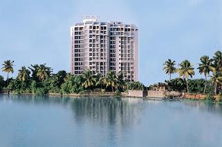Riviera Suite, Thevara Waterfront,