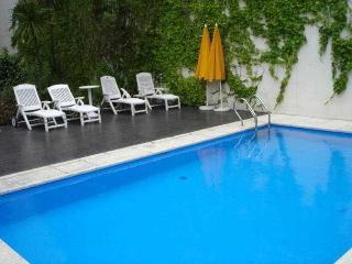 Callao Plaza Suites - Pool