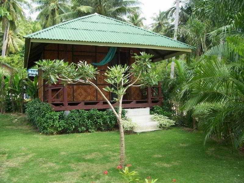 Haad Tian Beach Resort, Moo 8, Haad Tian, Koh Phangan,…