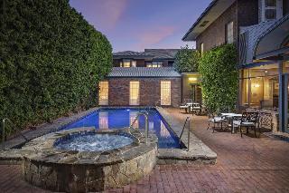 Adelaide Inn, 160 O'connell Street,