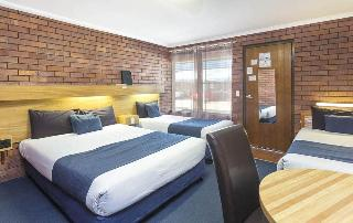 Comfort Inn Blue Shades, 35-39 Ferry Street,