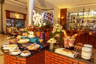 Ree Hotel - Restaurant