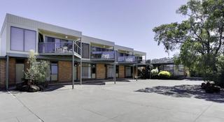 Comfort Inn & Suites…, 151 Esplanade,