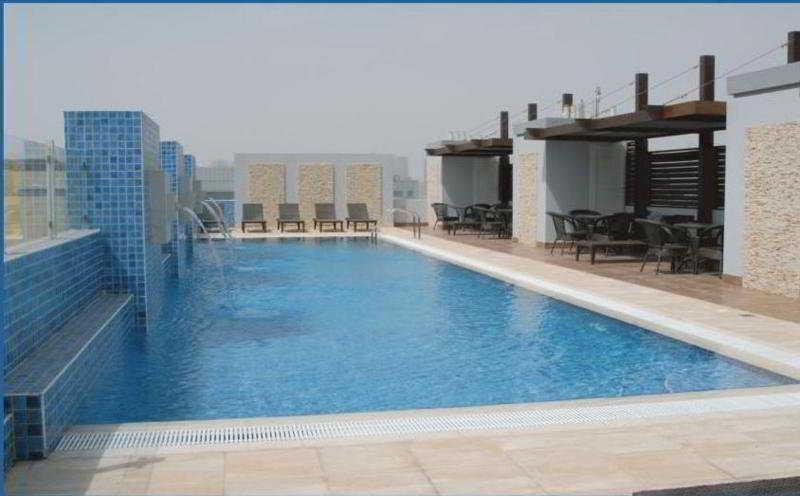 Tulip Hotel Apartment - Pool