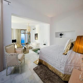 Gold Suites