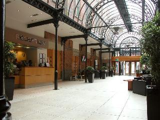 The Atrium Serviced Apartments