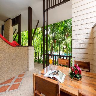 Timber House Resort