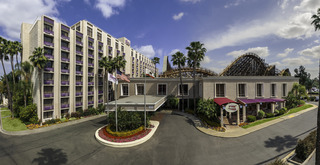 Knotts Berry Farm Hotel