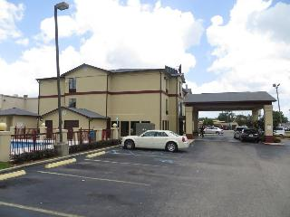 Rodeway Inn & Suites, 5635 Tillmans Corner Parkway,