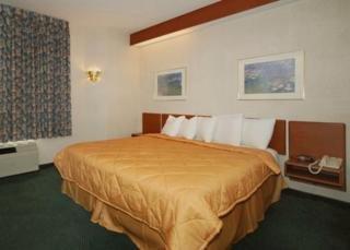 Book Sleep Inn & Suites St Louis - image 6
