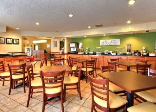 Sleep Inn & Suites (Grand Rapids)