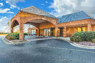 Comfort Suites (Chesapeake), 1550 Crossways Blvd.,