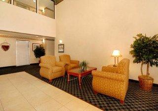 Comfort Suites ( Dover )