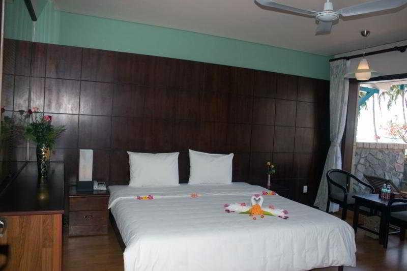 Hoang Ngoc Beach Resort & Spa