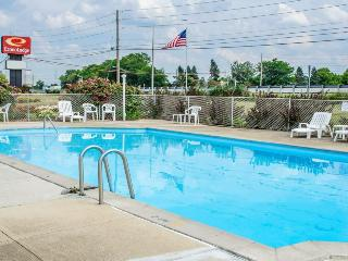 Econo Lodge (Mechanicsburg)