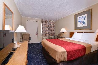 Econo Lodge (East Hartford), 490 Main Street,