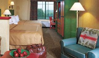 Comfort Suites Lake Country