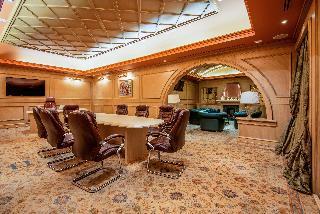 Khreschatyk City Center Hotel