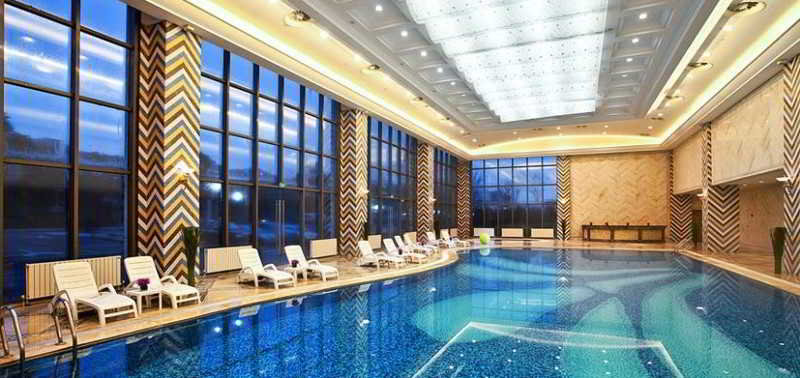 Crowne Plaza Malaren Lake Shanghai - Pool