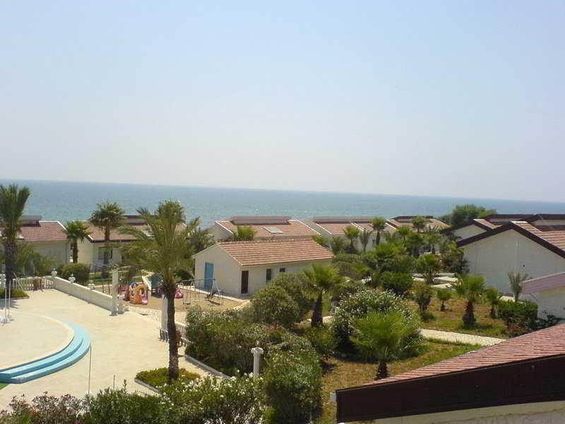 Long Beach Hotel and…, Salamis Sahil Yolu Yeni Iskele…