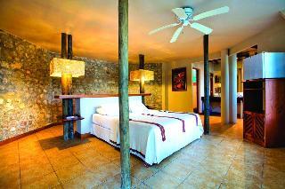 Villa Maya, Laguna Petenchel,