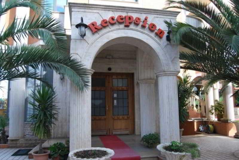 Ferrari Hotel, Str. Don Bosko,