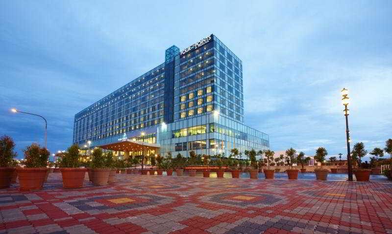 Century Kuching Hotel, Blk 16, Kcld, Jln Lapangan…