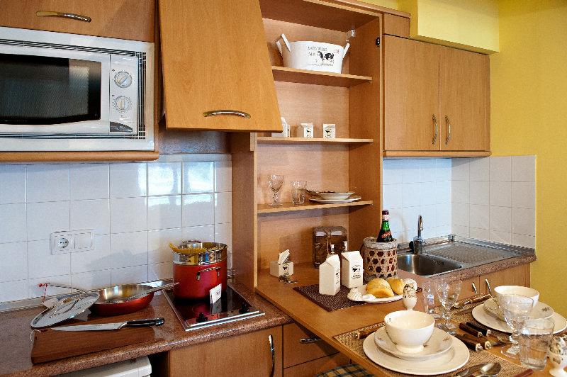 Sant Bernat Apartments - Zimmer
